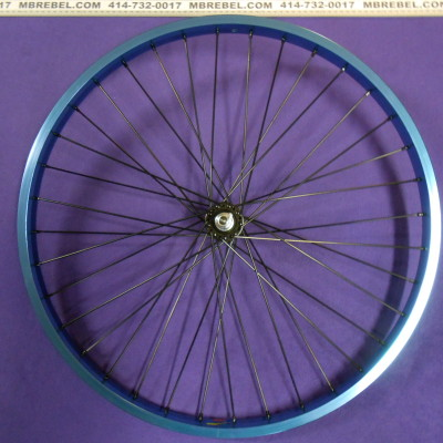 Blue Anodized 26 X 2.125 31.5mm Wide Rim 12 Gauge Spoke Front Wheel Black Spokes